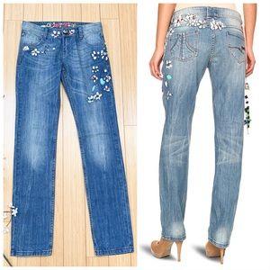 DESIGUAL handpainted boyfriend jeans, 28.